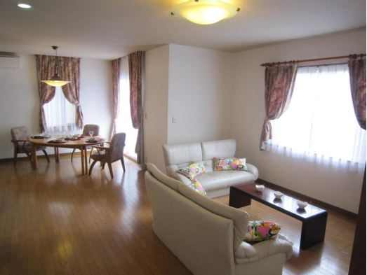 8 % Investment property in a desirable International Community