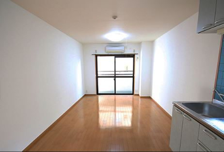 NOW RENTED! Studio Apartment with free wi-fi in Motomachi, Kobe