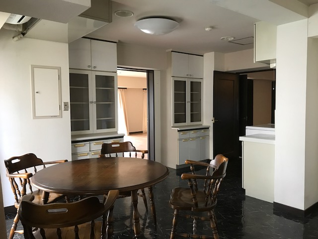<RENTED>Spacious 3LDK western-style apartment in Kitano area