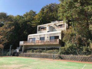 Okuike tennis court
