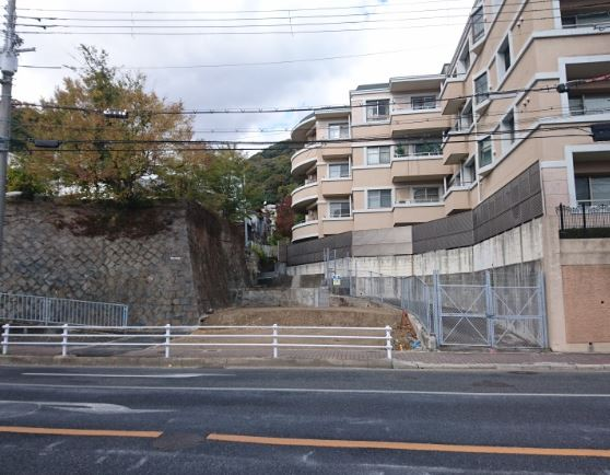 Sold ! Land near Tor Road just outside of Kitano