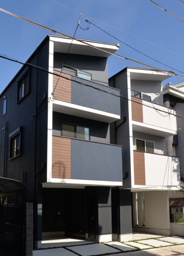 4LDK Three-Story House with a parking in Shimoyamate, Kobe
