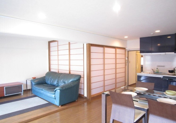 Semi-Furnished Apartment on the hill of Rokko, Kobe - CORE EIGHT