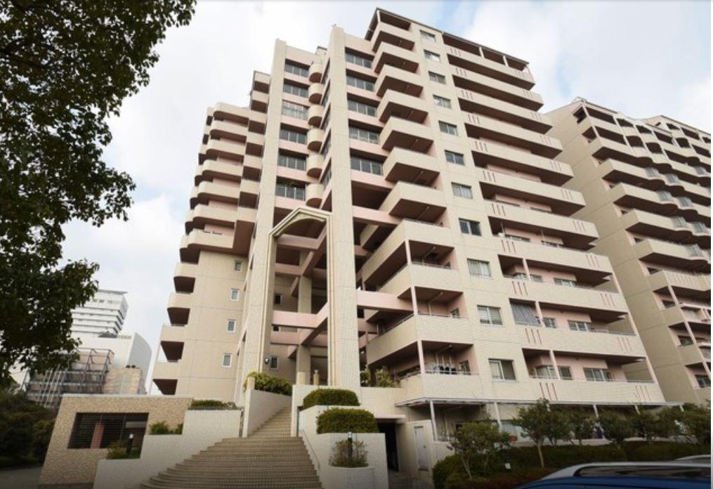 [RENTED]Furnished specious condominium in popular destination, Rokko Island!
