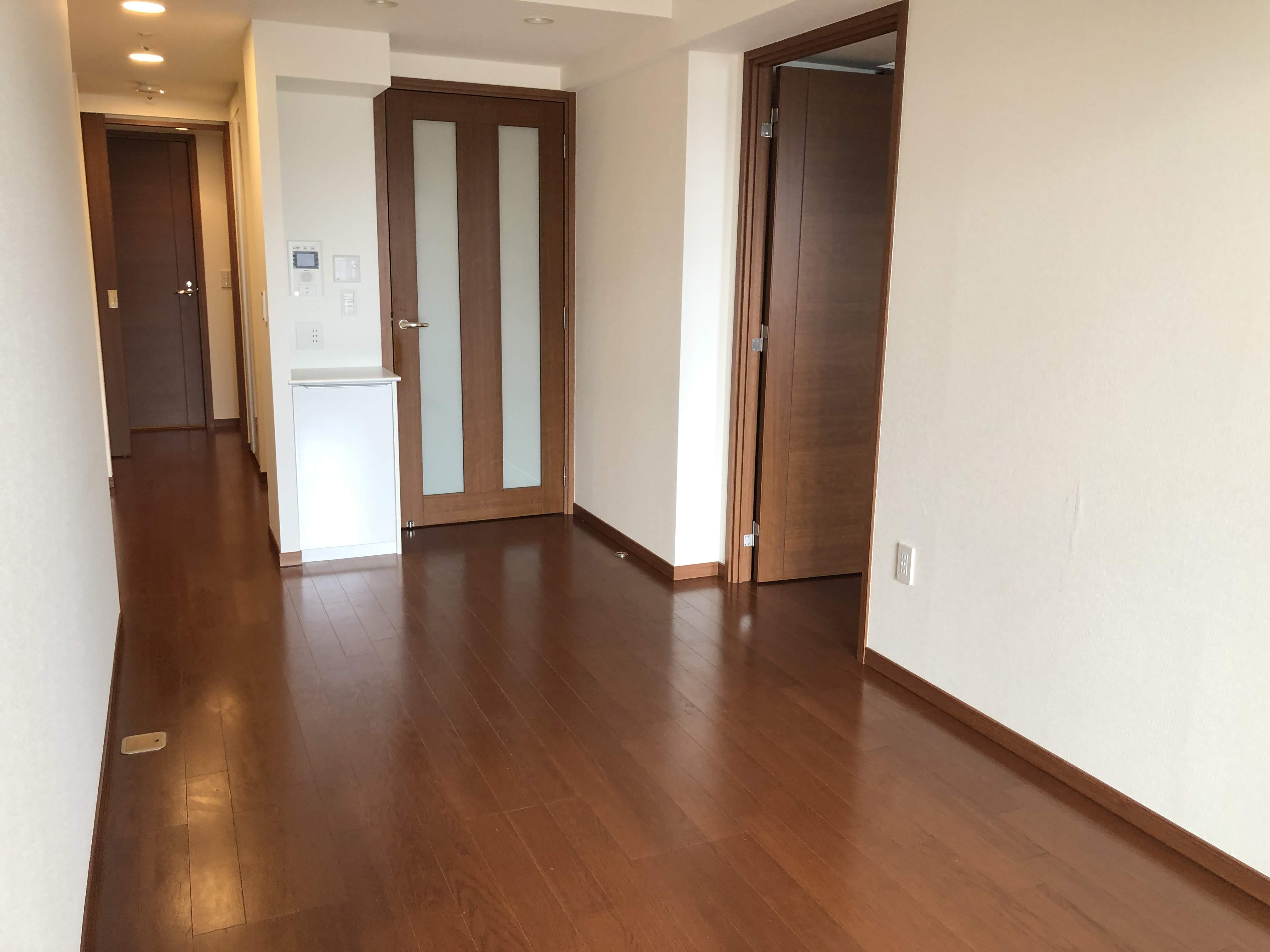 <RENTED>Recently renovated 1LDK+W in the heart of Kobe
