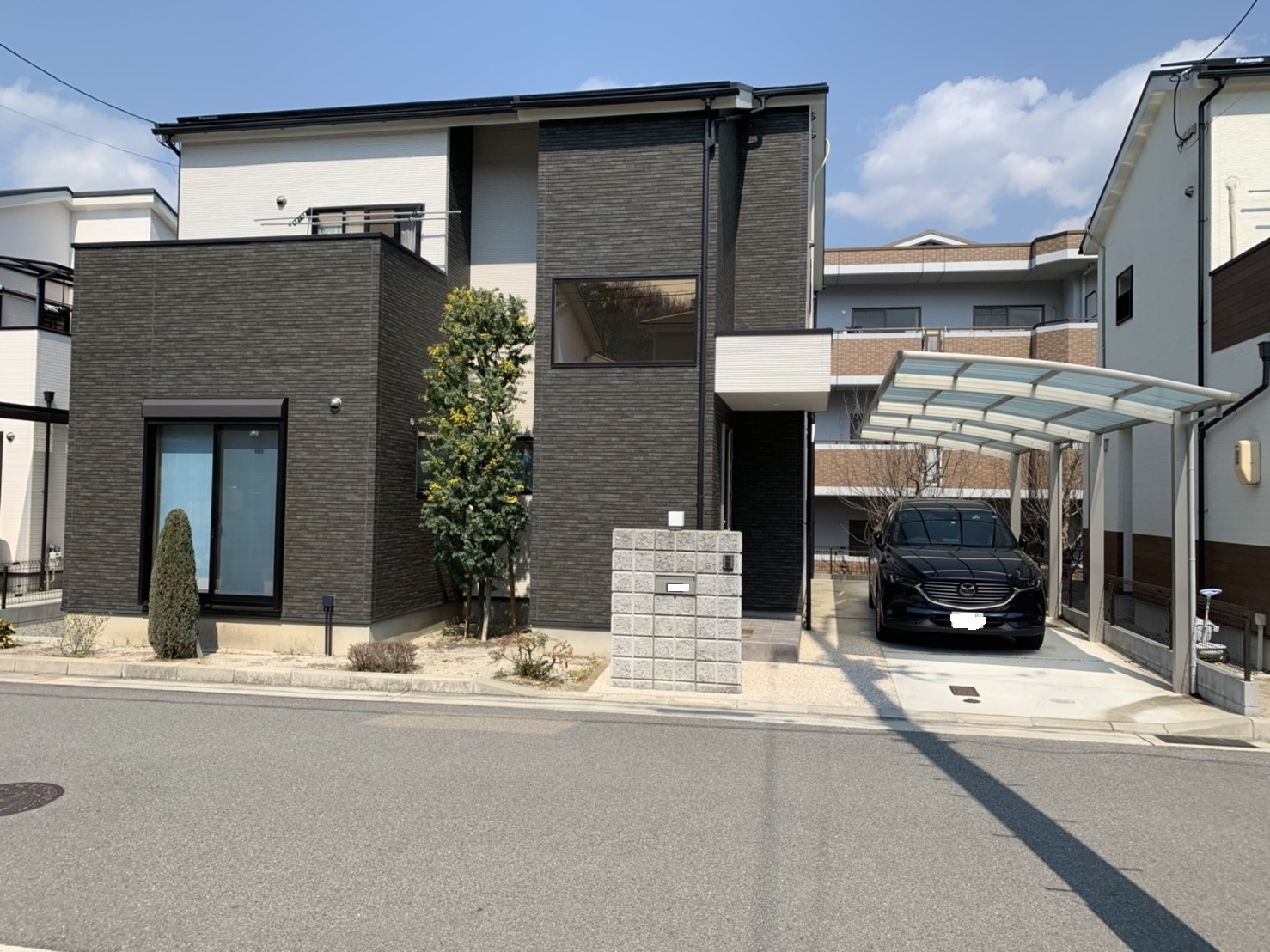 4LDK house in a nice and quiet residential area of Nishinomiya